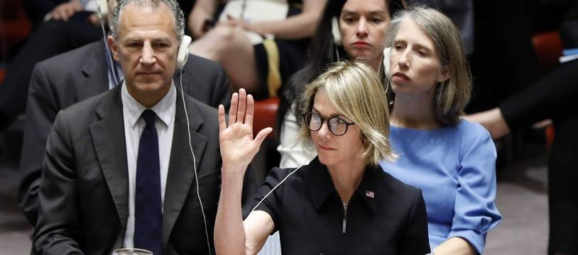 Kelly Craft, nouvelle ambassadrice américaine à l'ONU, lors de son premier vote à New York le 12 septembre 2019
