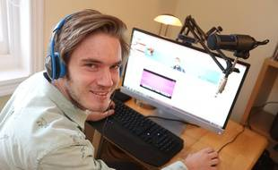Felix Kjellberg, alias PewDiePie, le 5 novembre 2013, à Brighton, en Grande-Bretagne.