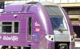 Photo d'illustration d'un TER Rhône-Alpes.