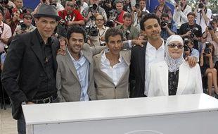 L'équipe de Hors-la-loi à Cannes le 21 mai