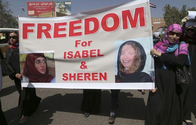 Une manifestation à Sanaa, au Yémen, le 5 mars 2015, pour la libération de l'otage française Isabelle Prime et son interprète yéménite, enlevées le 24 février 2015.