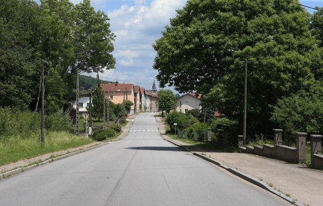 Lépanges sur Vologne le 15 06 2017. Le Village du petit Grégory.