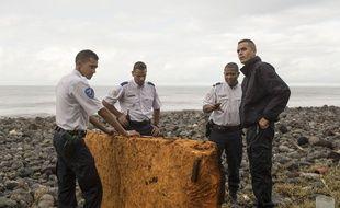 Un objet retrouvé sur la côte de Saint André sur l'île de la Réunion, le 8 août 2015.