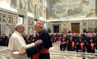 Le pape François a cherché vendredi à galvaniser les cardinaux et les fidèles, en leur insufflant son optimisme pour qu'ils ne se découragent pas devant les difficultés affrontées par l'Eglise.