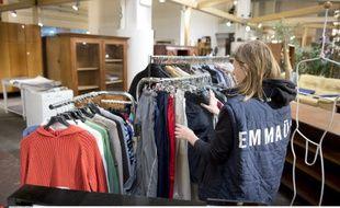L'association Emmaus Défi aide les grands exclus à se réinsérer grâce au travail.