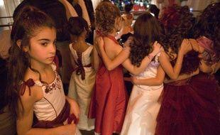 Dans les coulisses de la finale de l'élection Mini-Miss 2008, à Paris.