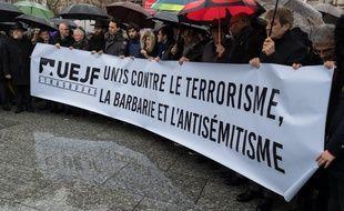 Une marche en hommage à Mireille Knoll, assassinée à Paris, le 28 mars 2018, parce qu'elle était juive.