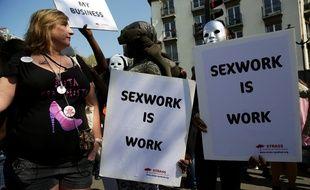 Manifestation à Paris le 8 avril pour l'abrogation de la loi pénalisant les clients.