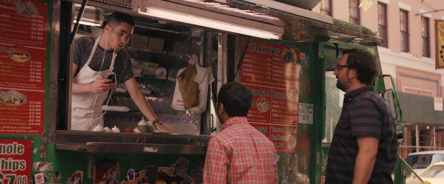 Dans le dernier épisode de Master of None, la série d'Aziz Ansari sur Netflix, Dev décide qu'il veut des tacos pour le déjeuner. Il passe une heure sur Yelp, récolte par SMS les recommandations de ses amis, se décide pour un endroit qui...ferme. Il hurle: «C'est le meilleur taco de la ville! Je suis censé allé où maintenant? Au second meilleur taco de la ville?». Surtout pas dans un resto choisi au hasard en tout cas, quelle idée.