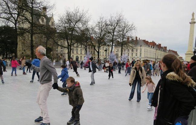 La patinoire Nant'Arctique installée pendant les vacances de Noël.