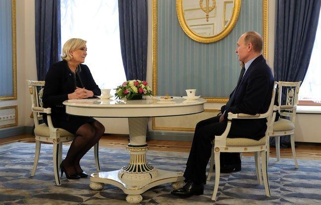 Vladimir Poutine et Marine Le Pen au Kremlin à Moscou, le 24 mars 2017.