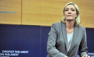 Le Parlement européen se prononcera début juillet sur la levée de l'immunité parlementaire de Marine Le Pen, a-t-on appris lundi auprès de la commission des Affaires juridiques du Parlement.