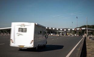 Le péage de Saint-Arnoult sur l'A10, en juillet 2019.