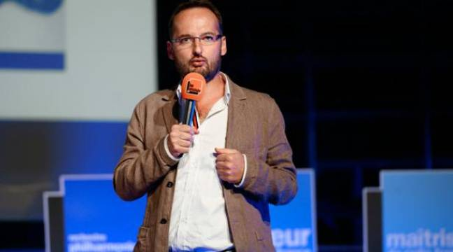 Joël Ronez, directeur nouveaux médias de Radio France et du Mouv', à la Maison de la radio, à Paris, le 28 août 2013. – LIONEL BONAVENTURE / AFP