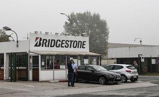 L'entrée de l'usine Bridgestone à Béthune, dans le Pas-de-Calais.