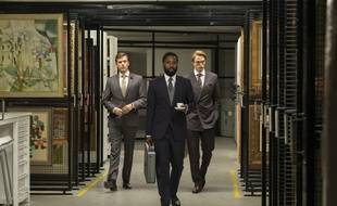 Jack Cutmore-Scott, John David Washington et Robert Pattinson dans «Tenet» de Christopher Nolan