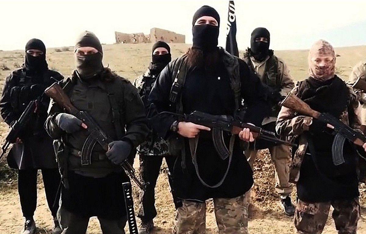 Des combattants de Daesh dans une vidéo de propagande de février 2015. – AP/SIPA
