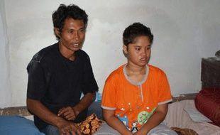 Une adolescente indonésienne qui vivait dans la rue après avoir été séparée de sa famille lors du tsunami de décembre 2004 a finalement retrouvé ses parents qui la croyaient morte.