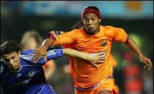 Chelsea a récolté en seconde période les fruits de l'énorme intensité physique mise tout le match, qui a fini par avoir raison des équipiers de Ronaldinho, très loin de leur niveau de l'an passé.
