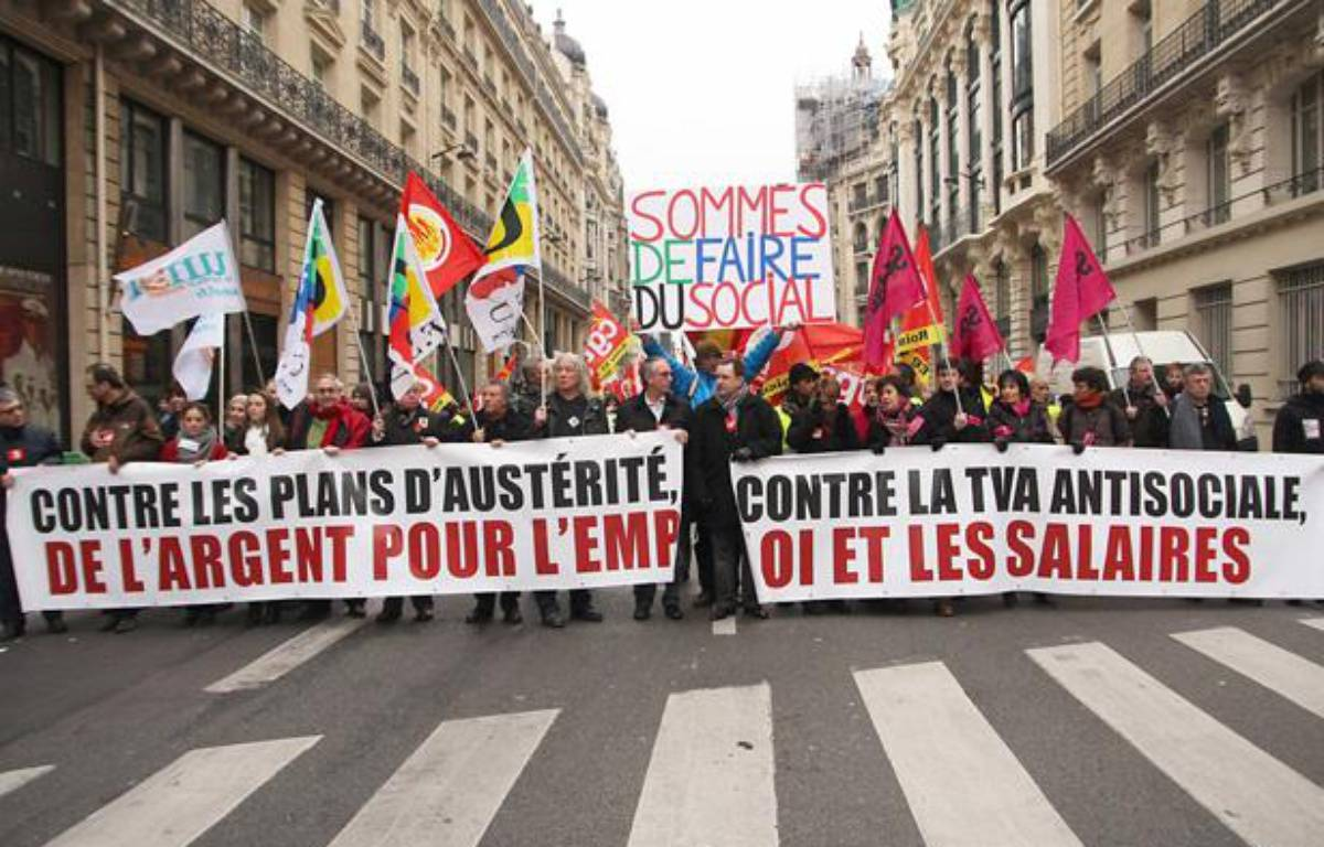 Contrairement à leurs voisins européens, les salariés français sont davantage préoccupés par le maintien de leur pouvoir d'achat que par la montée du chômage. – SEVGI/SIPA