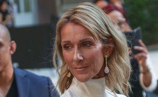 La chanteuse Céline Dion au défilé Valentino