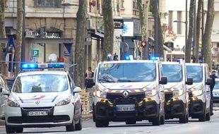 Lors des intrepllations, un policier a été blesé au cou selon la mairie de Lyon. Illsutration
