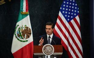 Le président mexicain Enrique Peña Nieto le 25 février 2016 à Mexico durant la visite du vide président américain Joe Biden