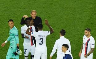 Les joueurs parisiens félicités par Thomas Tuchel, le 18 septembre 2019 au Parc des Princes.