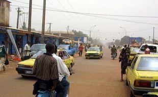"""""""Une bonne partie de la population s'est terrée chez elle en entendant les détonations, et de nombreux habitants se sont mis à fuir en direction des villages voisins (...) voyant arriver ceux de Dékoa, (localité) indiqué une source militaire."""