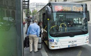 Les nouvelles navettes Roissybus peuvent transporter jusqu'à 200 voyageurs.