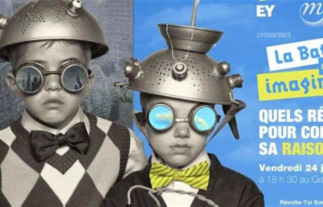 Deux enfants déguisés en savants fous