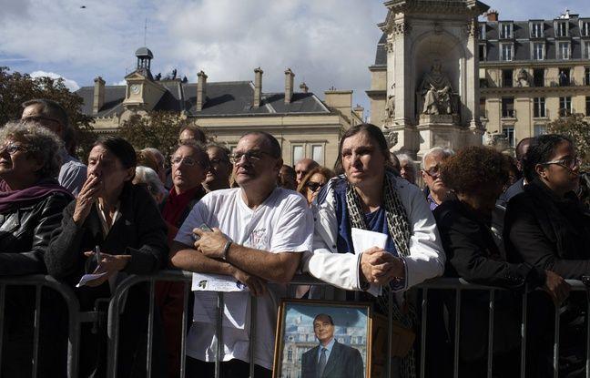 Ils sont venus nombreux rendre un dernier hommage à Jacques Chirac à Saint-Sulpice