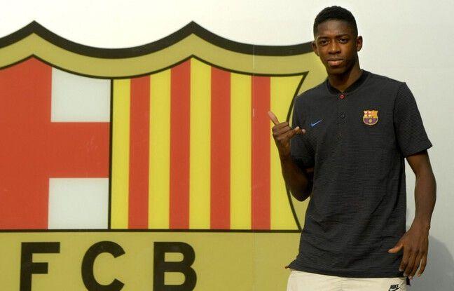 Dembouz lors de sa présentation au Camp Nou, le 27 août 2017.