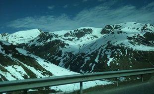 Entre soleil et neige au Pas-de-la-Case, dans les Pyrénées.