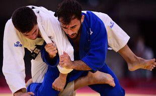 Le Français Luka Mkheidze a sorti l'Espagnol Francisco Garrigos en judo (-60 kgs) aux jeux olympiques de Tokyo, le 23 juillet 2021.