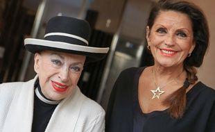 Christiane Lillio (à droite), en compagnie de Geneviève de Fontenay, lors du concours Miss prestige national, en 2015, à Strasbourg.