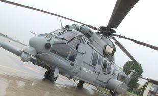Un hélicoptère Caracal sur la base aérienne de Villacoublay, à l'occasion de la répétition du défilé aérien du 14 Juillet, le 9 juillet 2014.