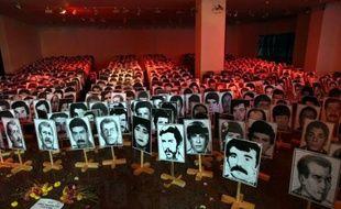 Le chef de la junte militaire turque de 1980, Kenan Evren, et un autre co-auteur encore vivant du coup d'Etat, ont été formellement inculpés pour crimes contre l'Etat, une première pour des putschistes en Turquie, a rapporté mardi l'agence Anatolie.