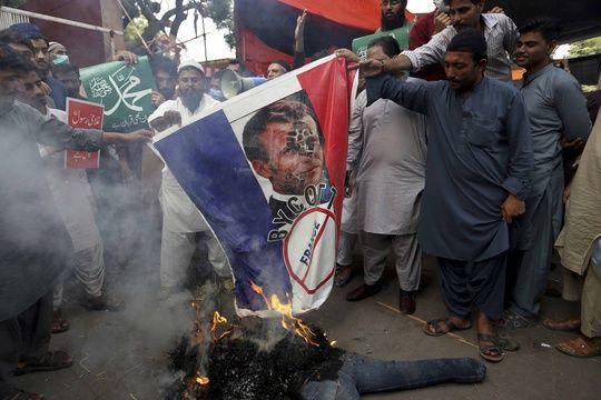 Une manifestation anti-française à Karachi.