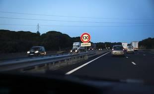 Illustration circulation automobile sur l'autoroute A9.