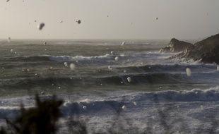Une tempête en mer d'Iroise, en février 2014.