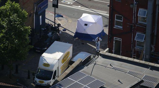 Les enquêteurs dans le quartier de Finsbury Park à Londres au lendemain de l'attaque d'une camionnette. – Daniel LEAL-OLIVAS / AFP