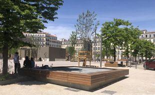 Les travaux de la place Jean-Jaurès à Marseille sont enfin finis après des années de contestation