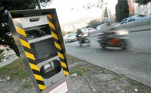 A Nice, un radar de vitesse est sur le point de prendre du service à l'entrée est de la voie rapide.