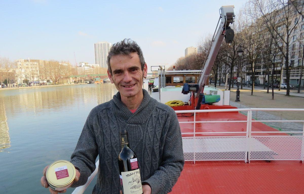 L'Ardéchois Raphaël Sauzeat, co-fondateur de la scop Alizarine qui, deux fois tous les deux mois, convoiera du vins d'Ardèche jusqu'à Paris sur une péniche. – F. Pouliquen / 20 Minutes