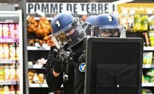 Des membres du PSIG (Peloton de surveillance et d'intervention de la gendarmerie). Illustration.