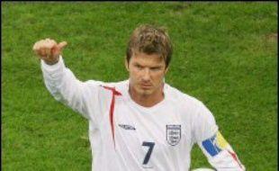 """Beckham, 31 ans et 94 sélections, semble ainsi faire les frais de l'arrivée de McClaren qui souhaite une """"nouvelle ère"""" pour la sélection, sans exclure totalement un retour du milieu de terrain du Real Madrid."""