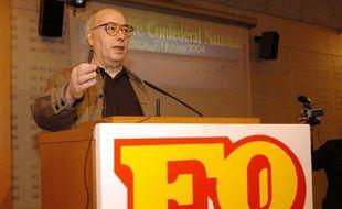 L'ancien secrétaire général de Force ouvrière (FO) Marc Blondel, le 07 février 2004 à Paris.