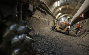 L' Andra (agence nationale pour la gestion des dechets radioactifs) s'interroge sur la facon de maintenir pendant des milliers d'annees la memoire du site de stockage en grande profondeur des dechets radioactifs les plus dangereux, qui sera situe a Bure, dans la Meuse.