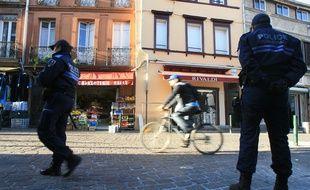 Une patrouille de police sur la place Arnaud-Bernard. Archives.